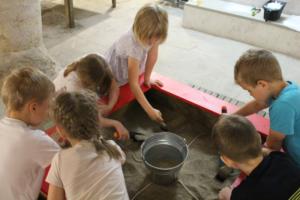 Muuseumitunnis saavad lapsed ise väljakaevamisi proovida