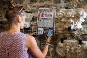 Посети Бастионы и Музей резных камней с помощью аудиогида