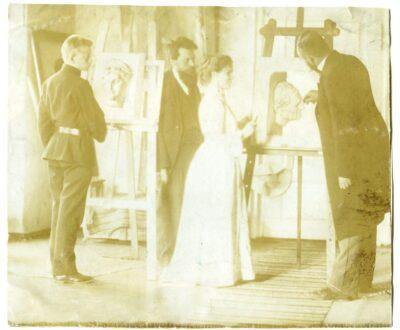 A. Uurits, Treumann, Vera Grünberg, A. Laikmaa viimase ateljees Pikk tn 29 KM EKLA, A-58:26